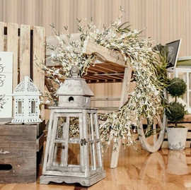 Shabby Chic Wedding Decor.jpg