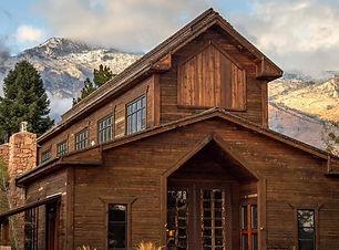 knot-and-pine-alpine-barn-rustic-venue-u
