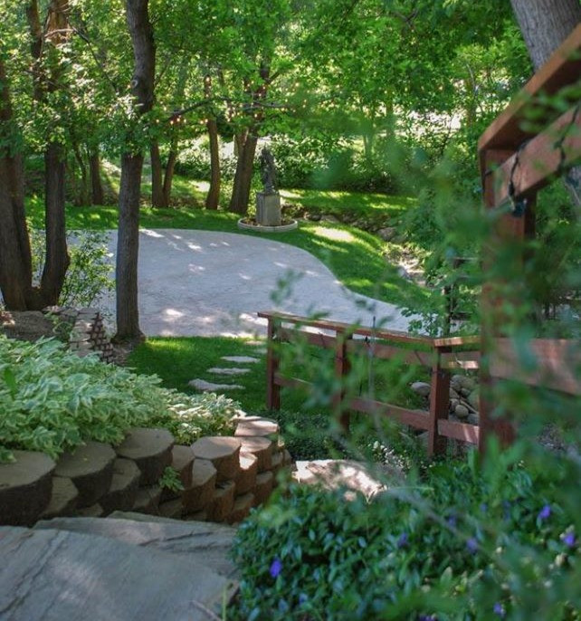alpine-arts-center-utah-venue-garden-11_