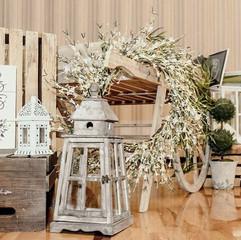 Shabby Chic Wedding Decor.jpg