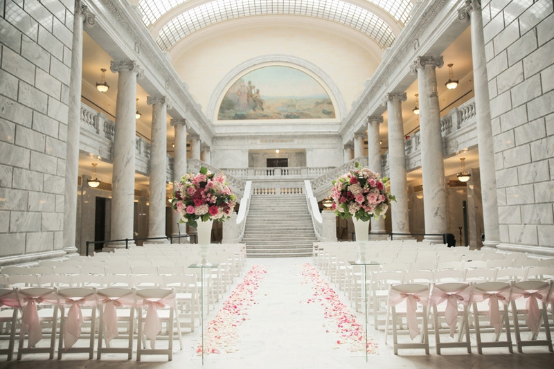 Utah State Capitol Rotunda Wedding, Venue