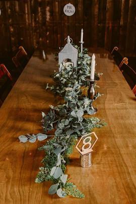 Decor table garland rentals.jpg