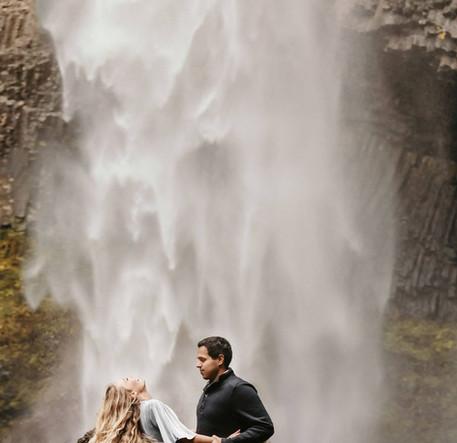 waterfalls utah wedding.jpg