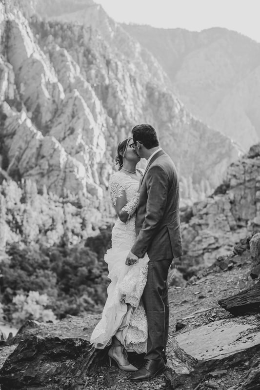 K-Photo-Film-Wedding-Street-Utah-Shoppin