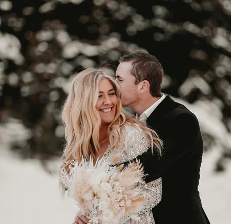bride and groom snow utah.jpg