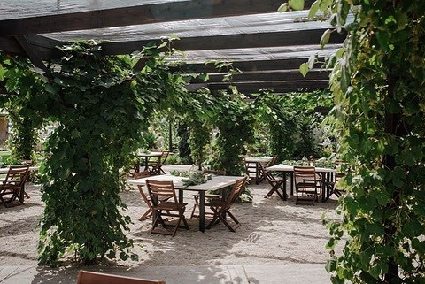 shade-garden-venue-wedding-street-utah.j
