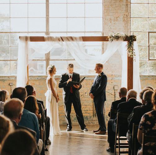 Bight-buidng-wedding-street-utah-package