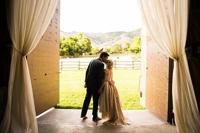 qmf-barn-door-kiss.jpg
