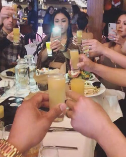 Cheers to Sunday Brunch ✌🏼we are back o