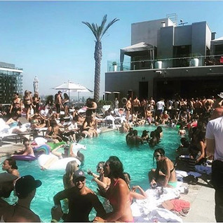 Dear Summer we love you! 🌞_No Jealousy Summer Sessions at _whollywoodhotel _this Sunday July 1st_from Noon to 6pm 💦👙_Book your day Bed or Ca