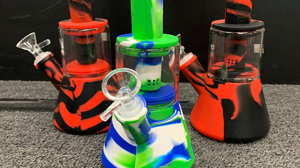 Silicone Water Pipe w/ Glass Chamber