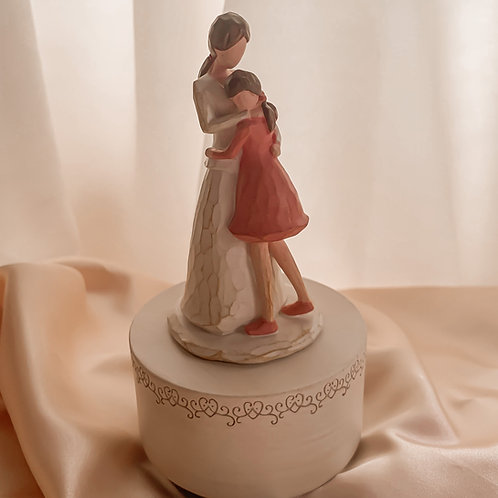 Mom and Daughter Music Box