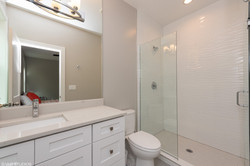 12_212MaryLane_8_Bathroom_HiRes.jpg