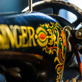 Singer 1.jpg
