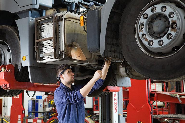 Truck-repair-huff.jpg