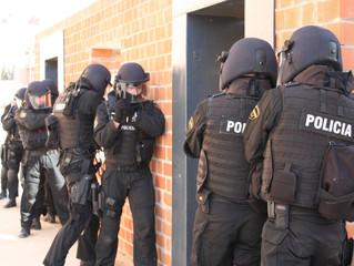 Trabajo y ejercicio de la Policia