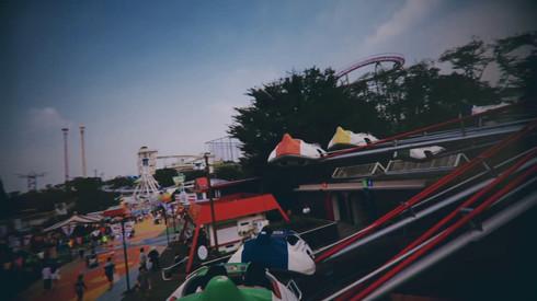 "TOKYO GIGANTIC GIRLS ""Amusement Park"" / 東巨女子「遊園地」篇"