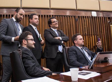 Bancada do Novo propõe que servidores do alto escalão contribuam mais com a reforma da previdência