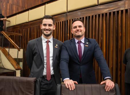 Com apoio da Bancada do Novo, Assembleia do RS suspende pagamento de honorários