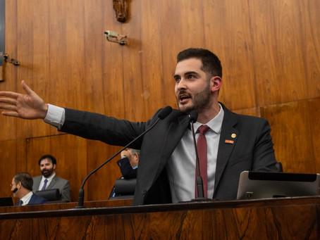 Giuseppe repudia corporativismo de colega Deputado. Assista ao vídeo.