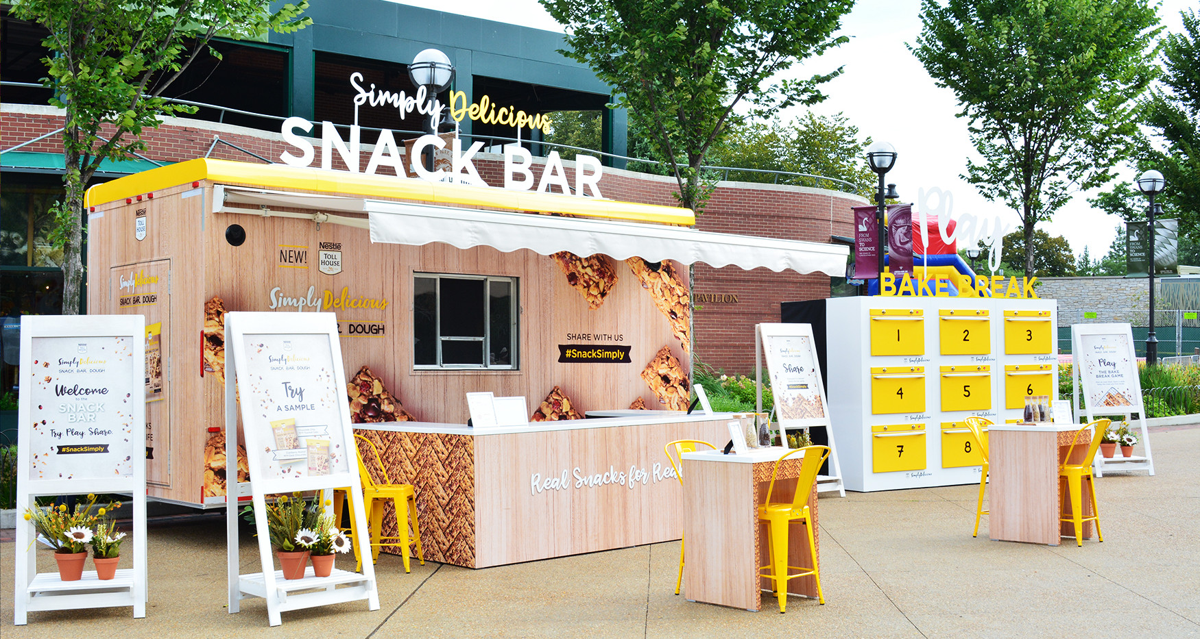Experiential Marketing Food Trailer Snac
