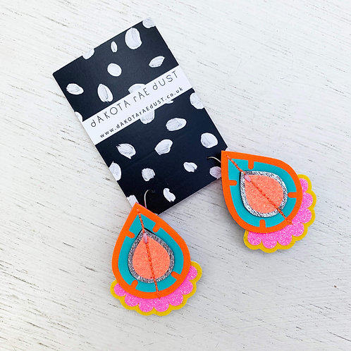 JAZZY PLECTRUM EARRINGS in bright orange, turquoise and glittery pink
