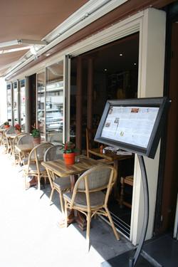 Terrace of the Paris 14 restaurant
