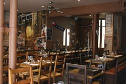 Restaurant of Paris 14 seing inside
