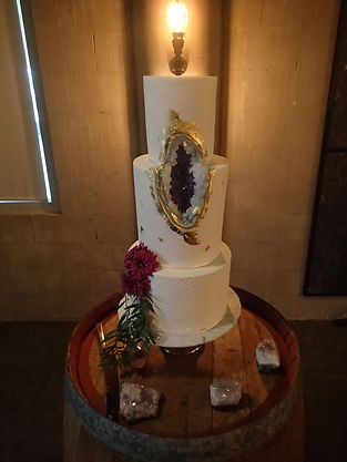 Wedding Cake Unlit