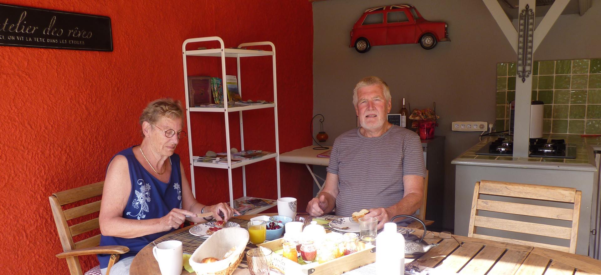 Petit déjeuner avec des hollandais