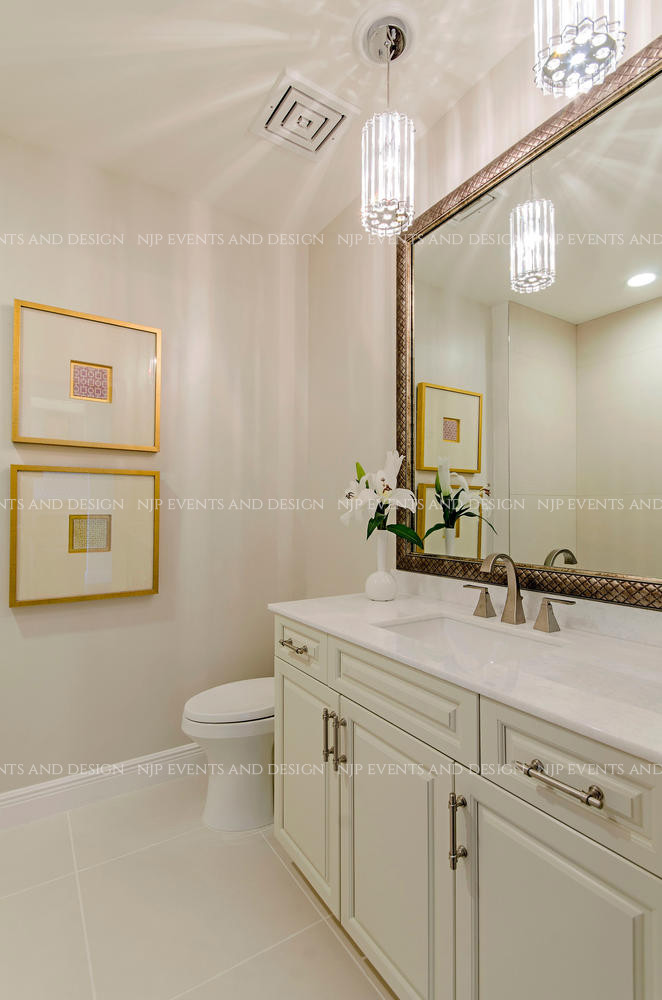 303 Master Bath.jpg