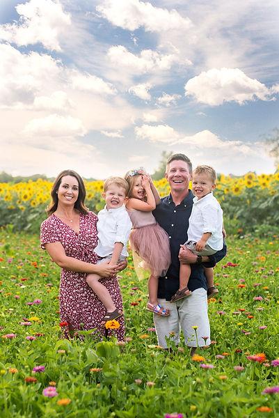 Thompson Family (Scott, Megan & Kids.JPG