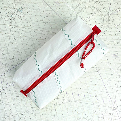 Extra Large Recycled Sail Dopp Kit - with red zip