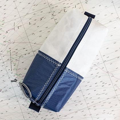 Medium Recycled Sail Dopp Kit - with navy