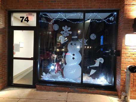 Holiday Windows line Lafayette Ave!