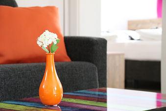 Vase top1 .jpg