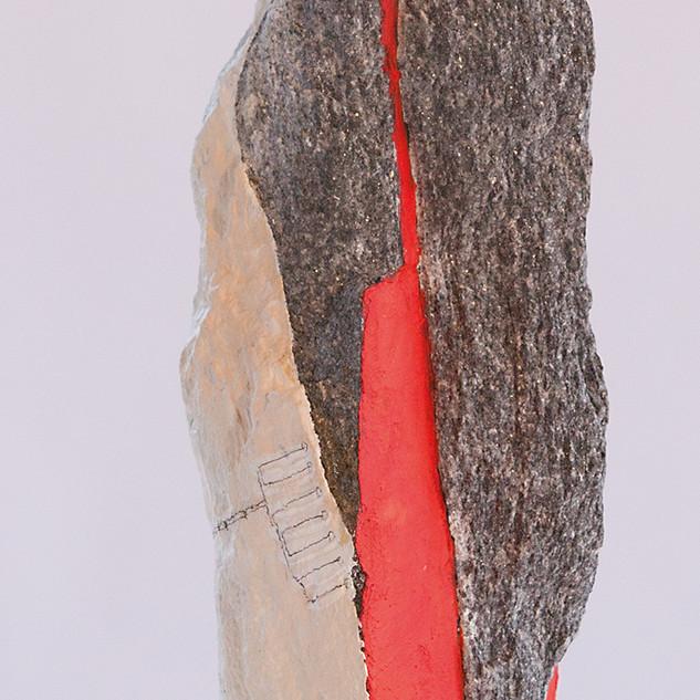 verbunden durch das rot im stein.jpg