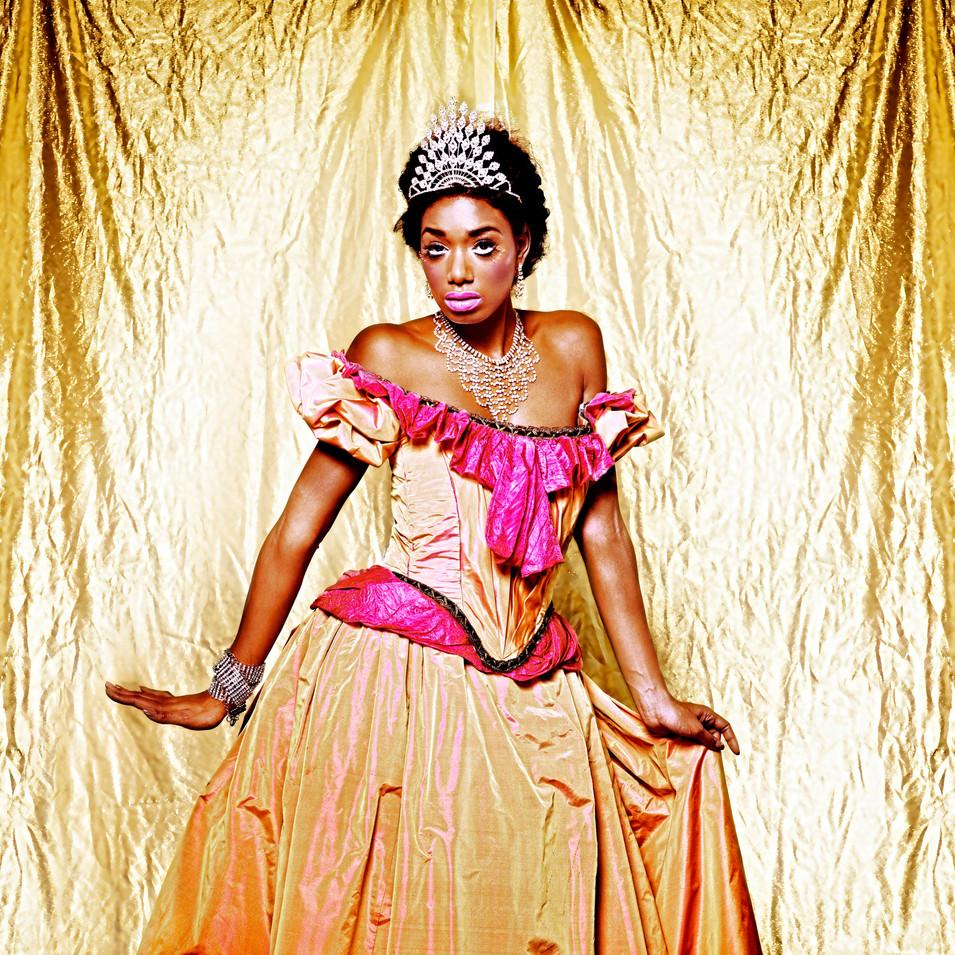 queen 3.jpg