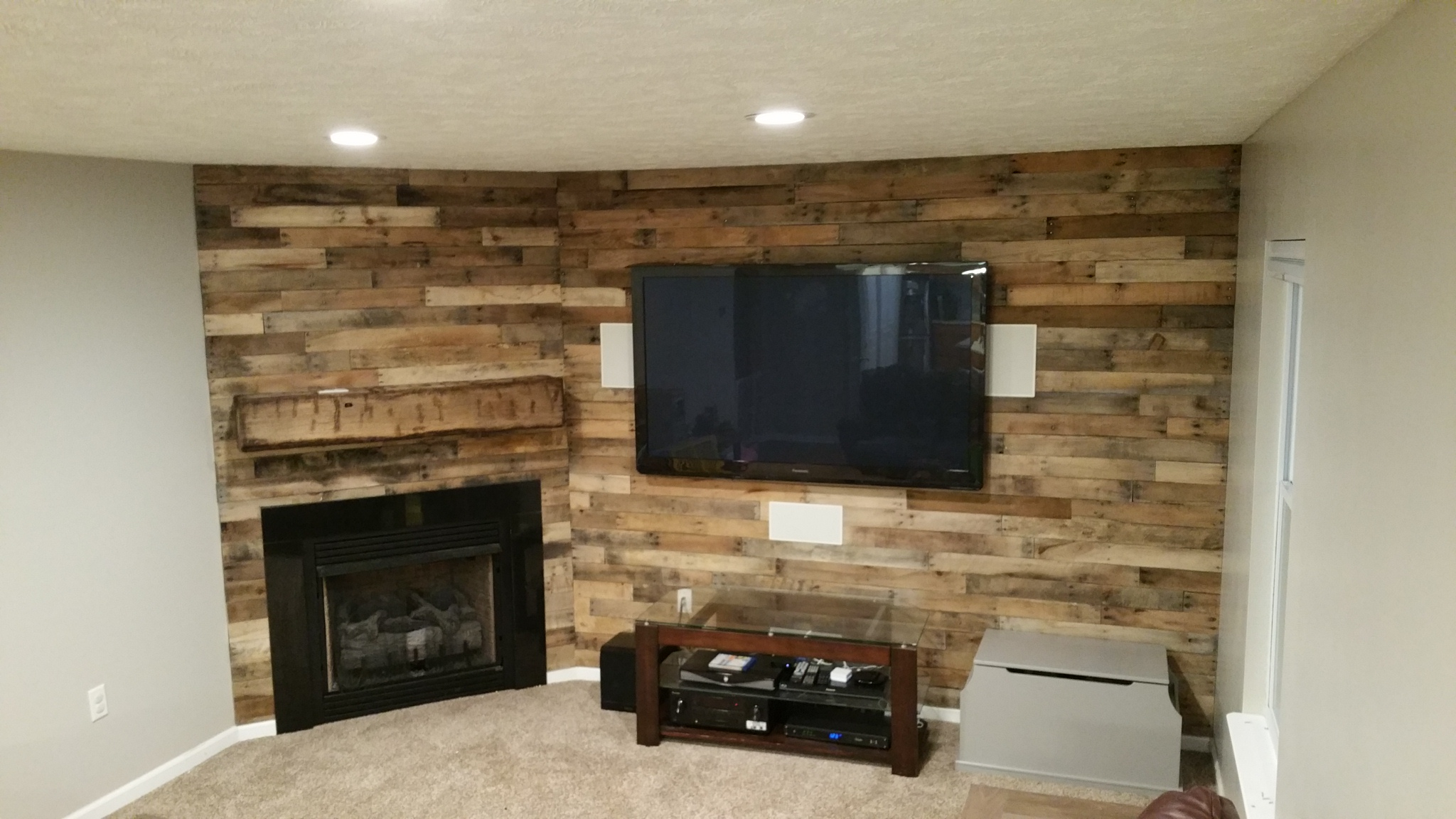 Rustic Pallet Wall with mantle