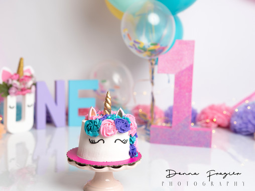 Donna Frazier Photography now offers cake smash sessions!