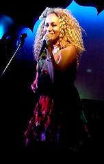 singer entertainer live music diva jazz