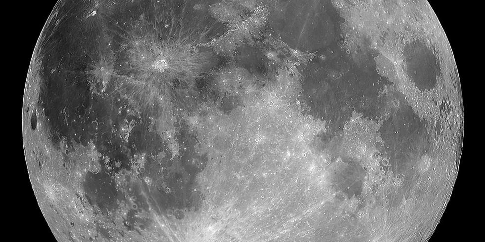 Full Moon Essence Blending
