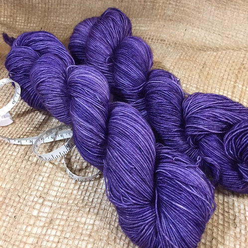 WKNC-Sock 465 Superwash - Dark Purple