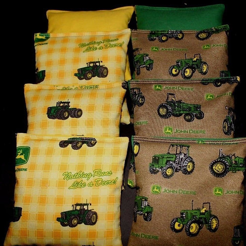 Tractor Plaid Country with John deere 2 Cornhole bags, set of (8)