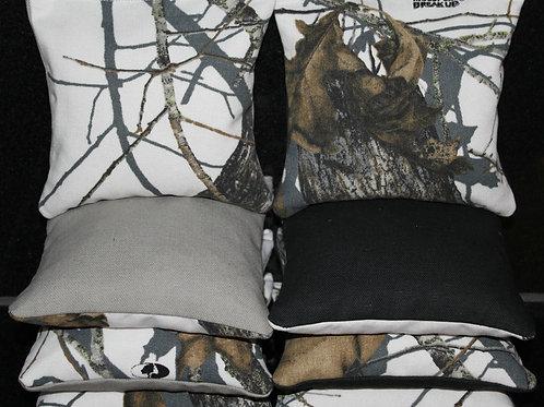 REALTREE Leaf Camo Hunting Fishing Cornhole bags, set of (8)