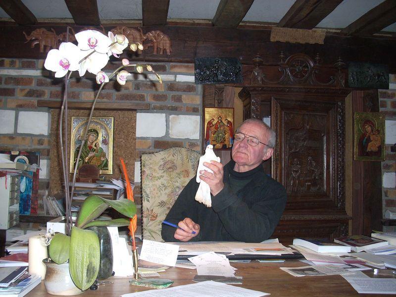 Père André Marie.