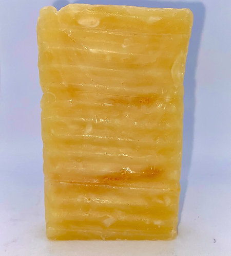 SEA MOSS GOLD SOAP INFUSED W LEMONGRASS