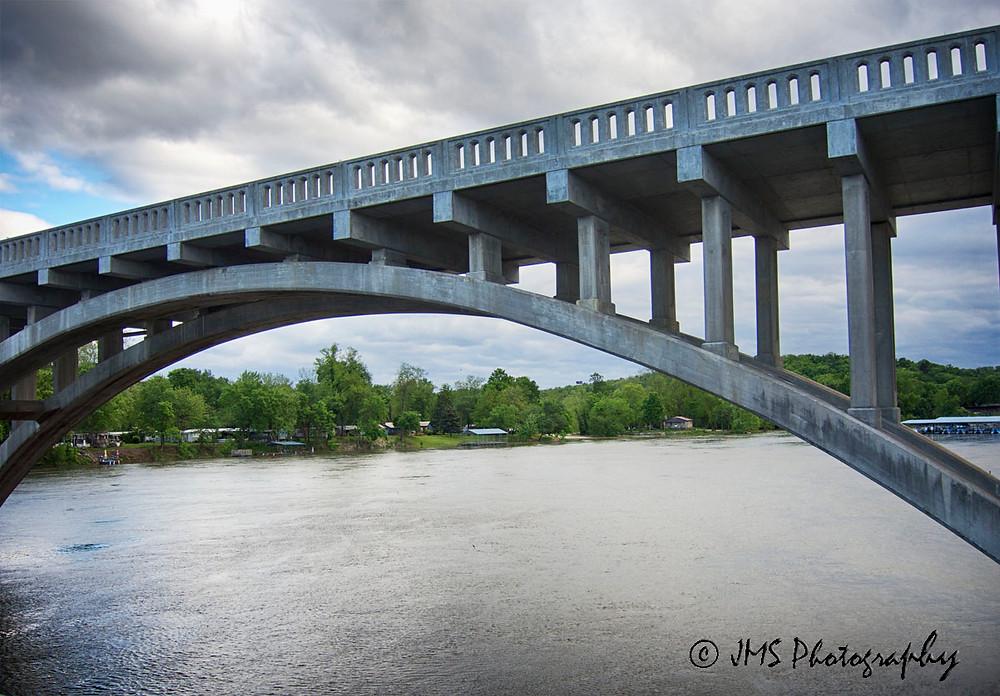 The bridge over the Taneycomo River