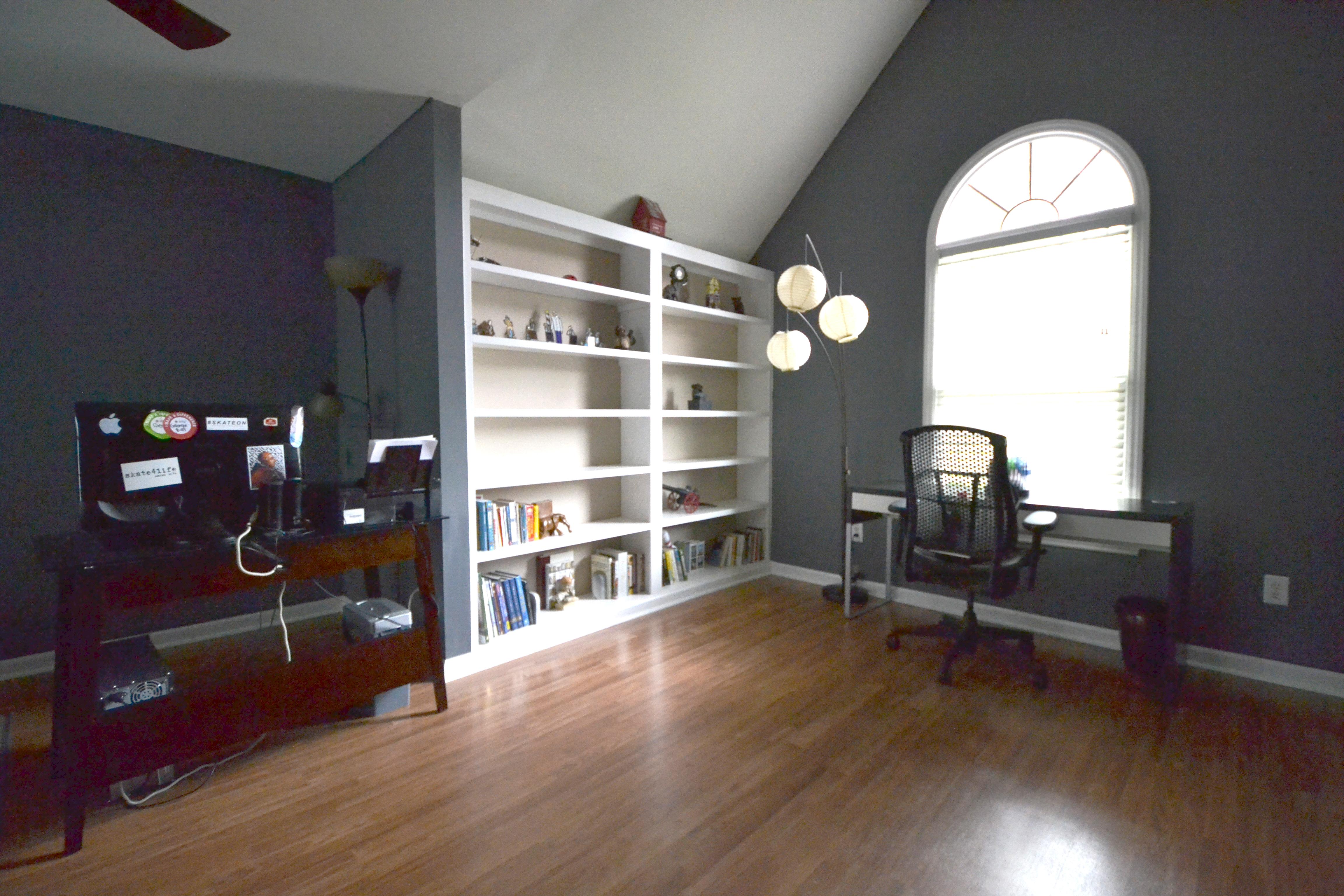 Large Bedroom or Bonus