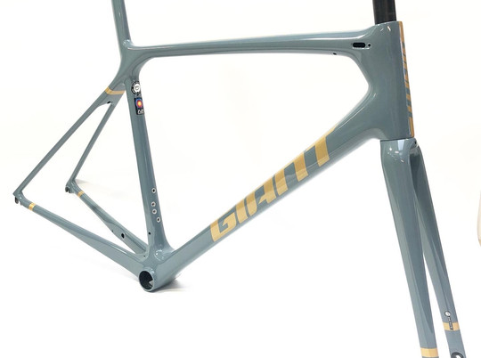 TCR grey gold